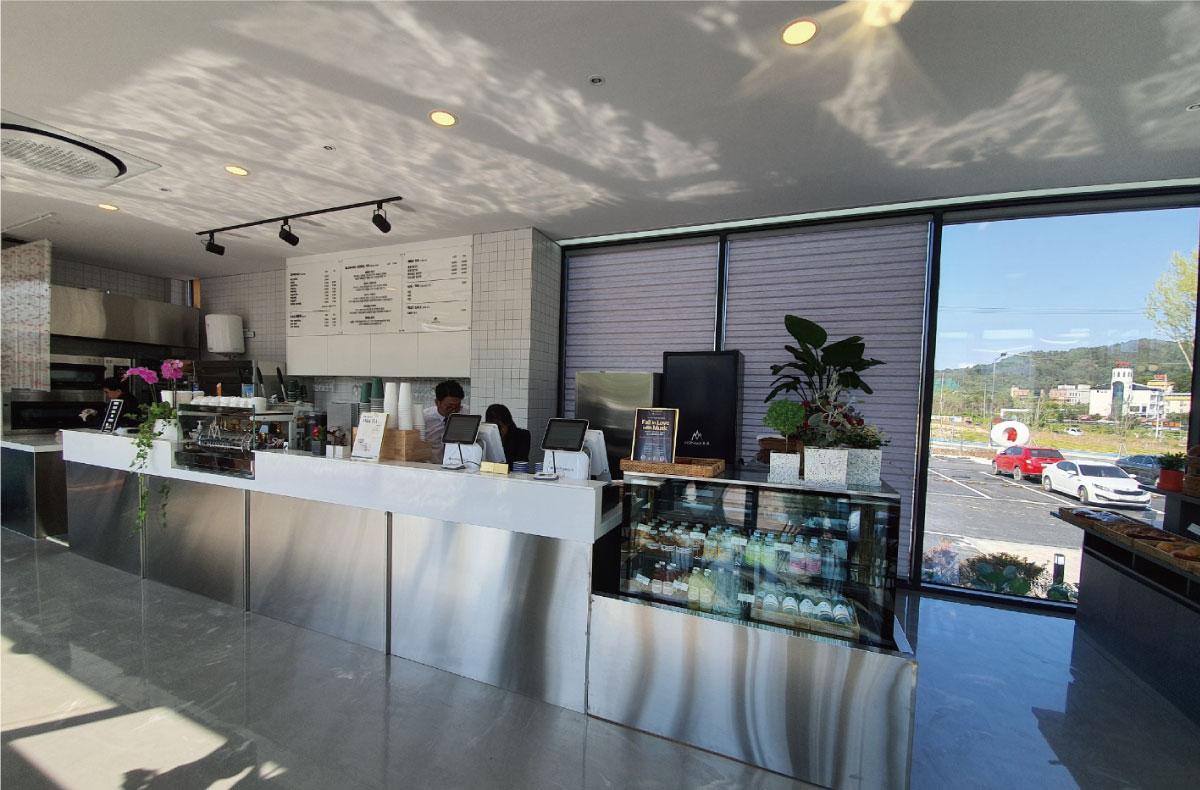 MapclickOn_Cafe1-10